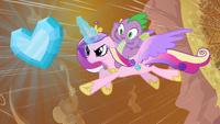 MLP FIM S03E02 - Princess Cadance to the Rescue