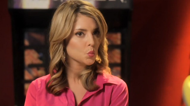 File:Duck+face+demonstrated+by+idol.png