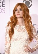 Katherine-mcnamara-peoples-choice-awards-2016-look-1024x1470