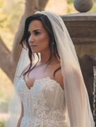 Demi-Lovato-Jesse-Williams-video-feature3-300x400