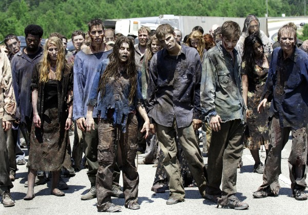 File:Walking-dead-season-2-walkers-600x419.jpg