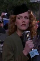 Monet Mazur as Becky Beaner