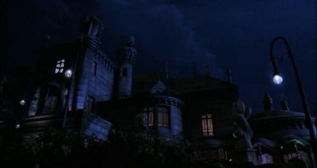 File:Casanova Frankenstein's mansion.jpg