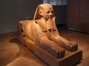 800px-Sphinx Metropolitan