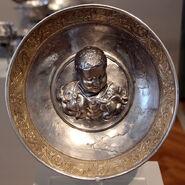 Tesoro di hildesheim, argento, I sec ac-I dc ca., piatto da parata con ercole bambino e i serpenti 01