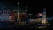 1x18-The Claw Exterior