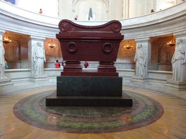 File:Tomb of Napoleon.jpg