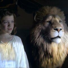 Люси видит Аслана в зеркале