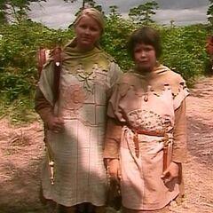 Сьюзан и Люси перед Асланом