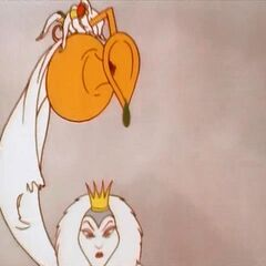 Первая бутылочка Колдуньи в мультфильме