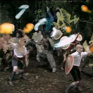 Питер и Эдмунд сражаются в сериале