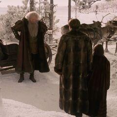 Отец Рождество прибыл в Нарнию