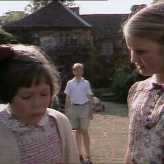 Сьюзан и Люси в доме профессора