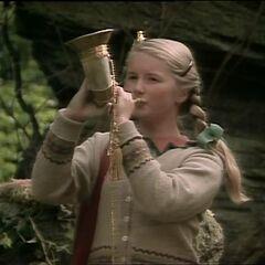Сьюзан трубит в рог в сериале