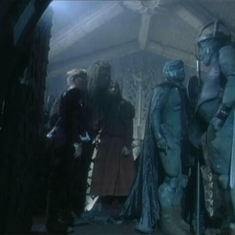 Страж привёл пленников в замок