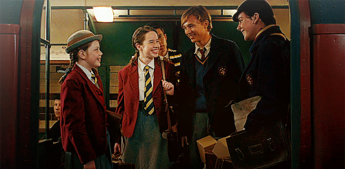 File:Peter, Susan, Edmund and Lucy (3).png