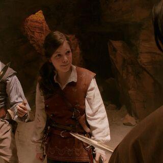 Люси убеждает Эдмунда и Каспиана прекратить спор