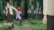Karin sendo pega pelos ninjas de Kusagakure