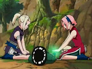 Rock Lee siendo curado por Sakura