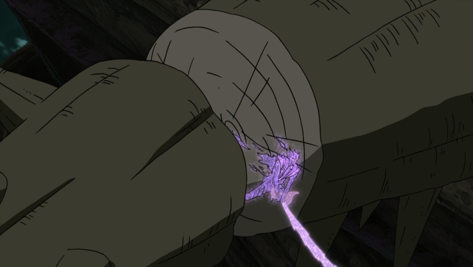 Sasuke cuts a part of Shinju