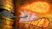 Madara e Obito combinam seus ataques