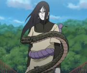 Orochimaru con una de sus Serpientes