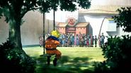 Naruto solitário na Academia