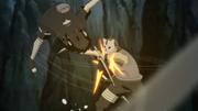 Shisui criança usa sua espada