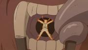 Naruto es devorado por Son Gokū