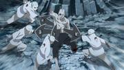 Los clones traicionan al Shin original