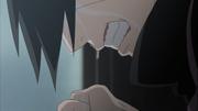 Itachi chorando ao ter que matar seus pais