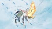 Obito usando el Kamui con sus dos Mangekyō Sharingan