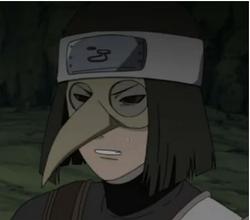 Shinobi Resucitado de Kumogakure con máscara de pájaro