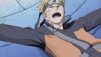 Naruto é dessubado pela nova técnica de Sasuke