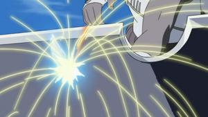 Killer Bee piercing through Suigetsu's sword