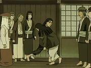 Hizashi detiene a Hiashi para que no interfiera con el plan