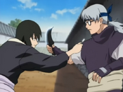 649px-Shizune and Kabuto clash