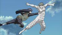 Hinata ataca Zetsu