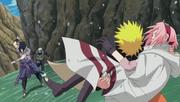 Naruto ratuje Sakurę