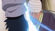 Mifune choca espadas con Sasuke