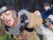 Sasuke rompe los brazos de Zaku