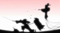 Tatewaki atacando marionetes