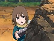 Matsuri observa la pelea de Naruto contra Seimei