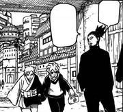 Boruto y Mitsuki llegan a la entrada de la aldea