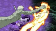 Naruto y Sasuke son atacados por Obito