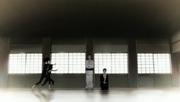 Ko e Hiashi observam Hinata e Hanabi