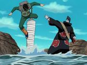 Guy batalhando com Kisame