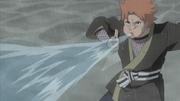 Yahiko usando el Elemento Agua Olas Furiosas