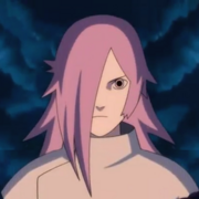 El rostro de Kusana que tiene el ojo derecho tapado por el cabello