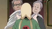 Koharu y Homura son sometidos por Tsunade